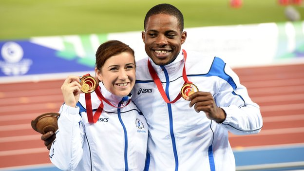 Libby Clegg of Scotland and her guide Mikail Huggins