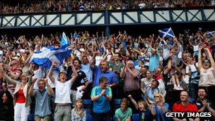 Glasgow 2014 fans at Ibrox
