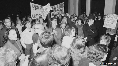 Protestors and police outside Conway Hall as the pro-paedophile activist group, the Paedophile Information Exchange (PIE) holds its first open meeting, London, 19 September 1977.