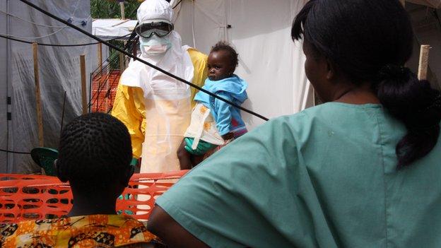 古巴派遣医治人员前往埃博拉疫区