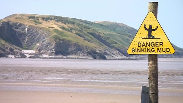 Mud warning sign at Weston-super-Mare.