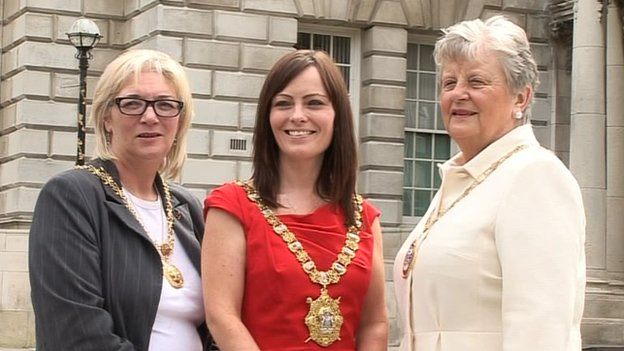 The lord mayor pictured with deputy lord mayor Maire Hendron (left) and Belfast High Sheriff Lydia Patterson (right)