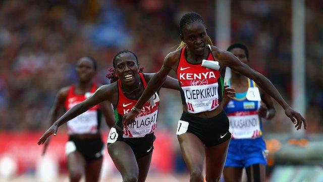 Joyce Chepkirui of Kenya outpaces compatriots Florence Kiplagat and Emily Chebet