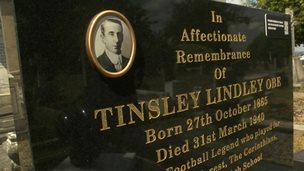Tinsley Lindley headstone