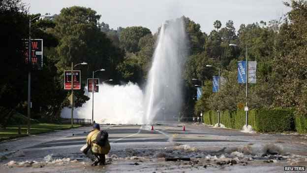 Burst water main on Sunset Boulevard, Los Angeles