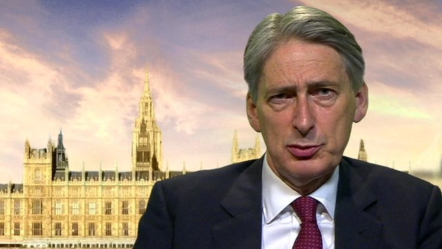 Ebola virus 'threatens' UK - Hammond...