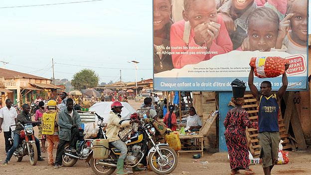 Street scene in the capital Conakry
