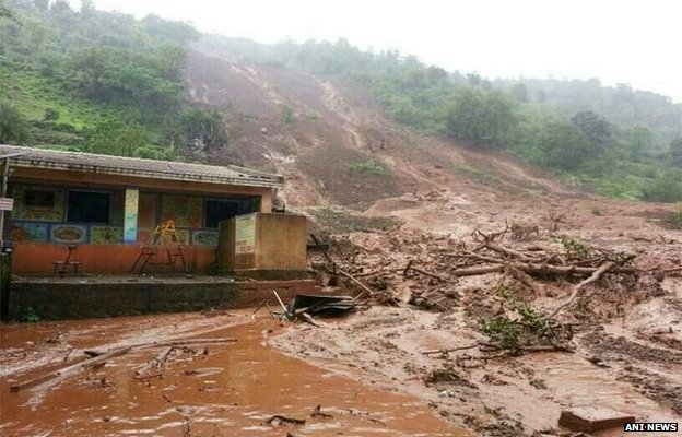 Dozens trapped by Indian landslide...