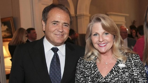 Jonnie Williams and Maureen McDonnell (5 May 2011)