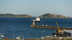 MV Arrow approaching Guernsey's St Peter Port Harbour