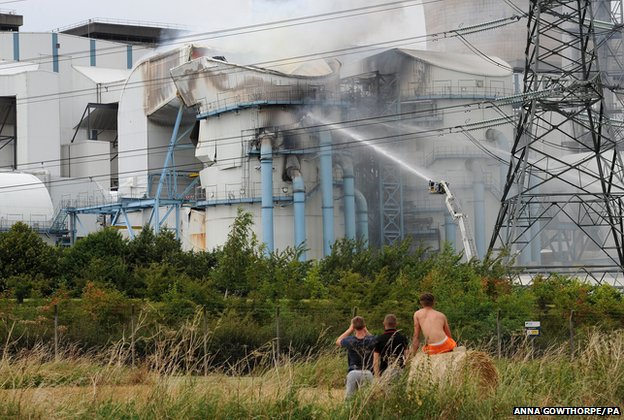 Ferrybridge power station fire
