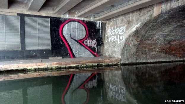 R graffitied on Regent's Canal