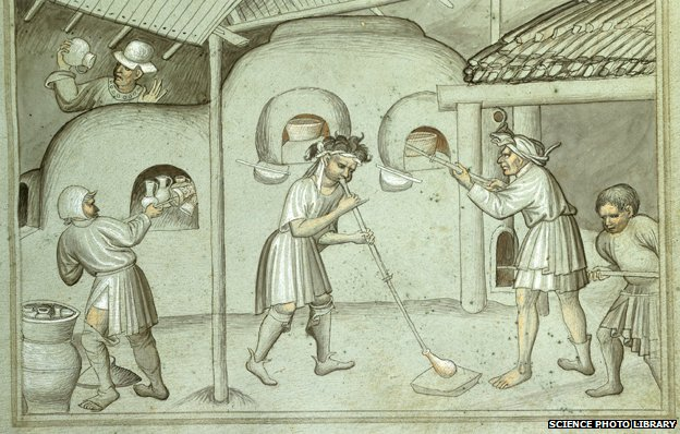 Glass blowing C15th