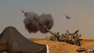 Israeli artillery shelling toward targets in the Gaza Strip from at an unspecified location next to the border, 1 August