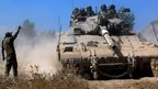 Israeli tanks move towards Gaza Strip (1 August)