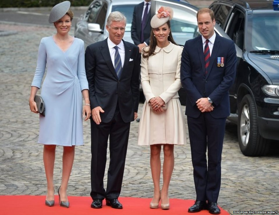 The Queen and King of Belgium stand alongside the Duke and Duchess of Cambridge