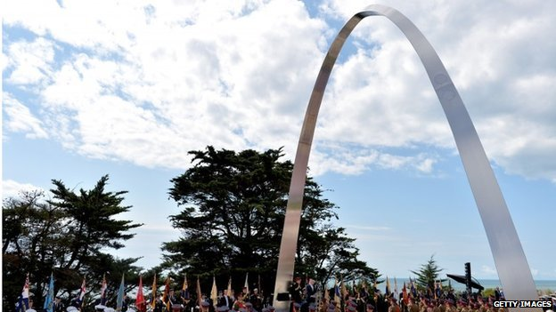 Memorial arch in Folkestone