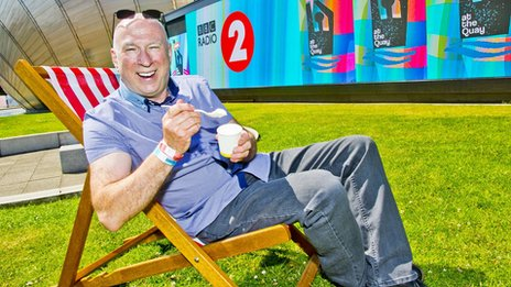 Ken Bruce in a deckchair