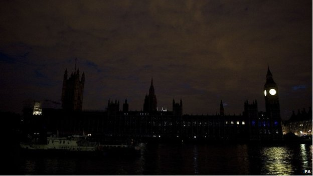 Houses of Parliament in darkness