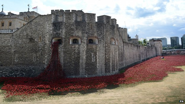 Art installation Blood Swept Lands and Seas of Red, by artist Paul Cummins, at the Tower of London