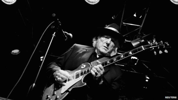 Dick Wagner playing guitar