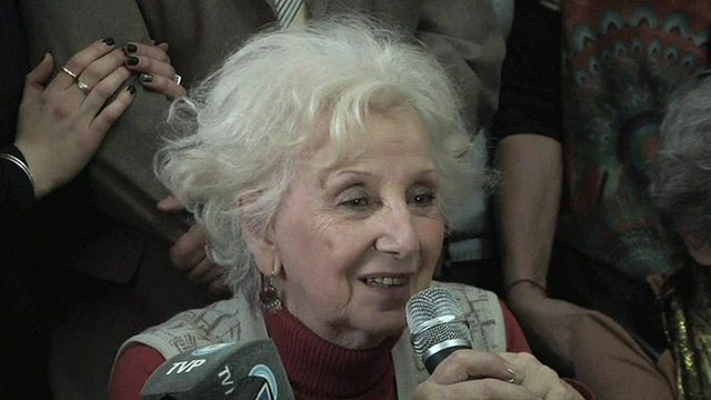 Estela de Carlotto announces finding her own grandson.