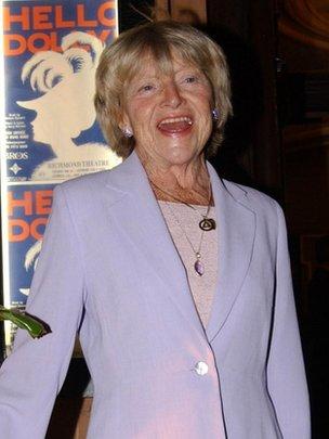 Dora Bryan in 2002