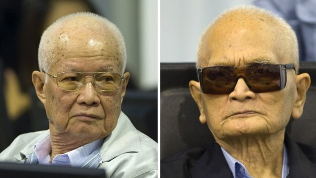 Khieu Samphan (L) and Nuon Chea