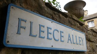 'Fleece Alley' sign in Stow on Wold