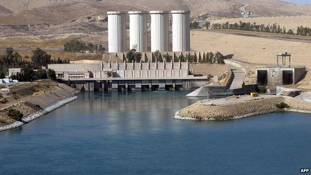 Mosul dam on the Tigris River (file image)