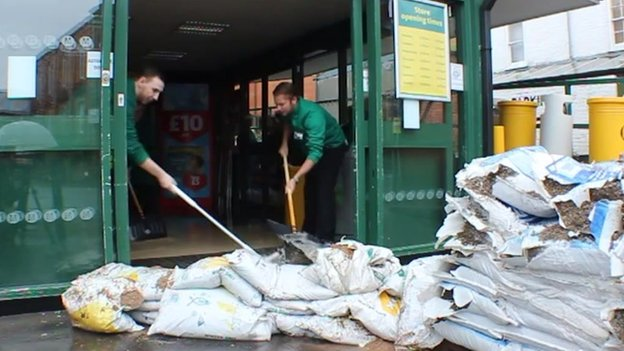 Sandbags in Louth