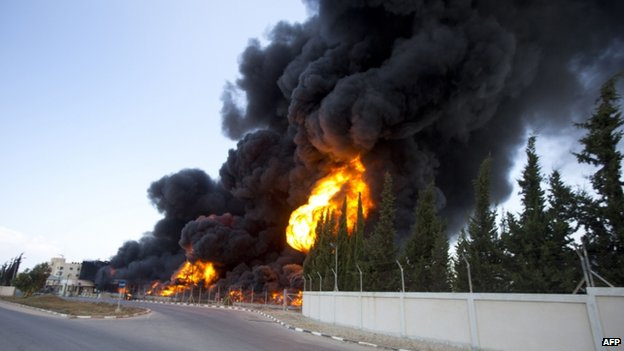 Gaza's power plant on fire (29 July 2014)