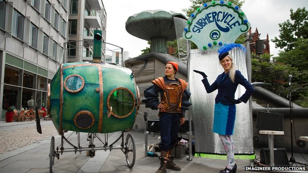 Outdoor theatre group Pif-Paf with their Submercycle machine