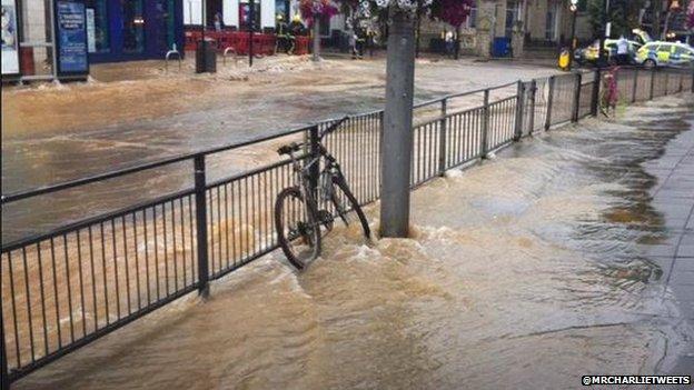 Flooding in Ealing Broadway