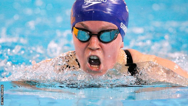 Ellie Simmonds of Great Britain on her way to winning the gold medal in the Women's 200m Individual Medley SM6 Final during day four of the IPC Swimming European Championships.