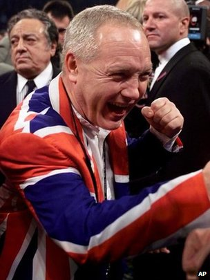 Maloney celebrating a Lennox Lewis victory