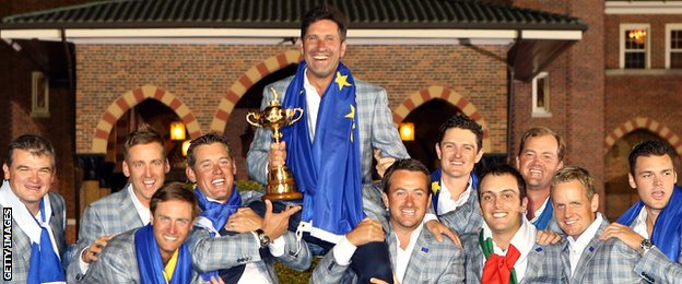 Team Europe hold aloft their winning captain Jose Maria Olazabal.