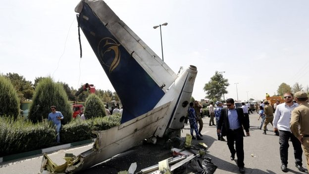 Scene of the crash in Tehran (10 August 2014)