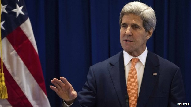 US Secretary of State John Kerry has urged China to maintain peace in the South China Sea