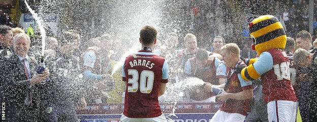 Burnley celebrate promotion