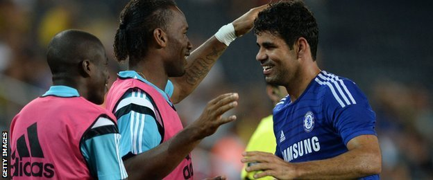 Chelsea's Ramires (L), Didier Drogba and Diego Costa