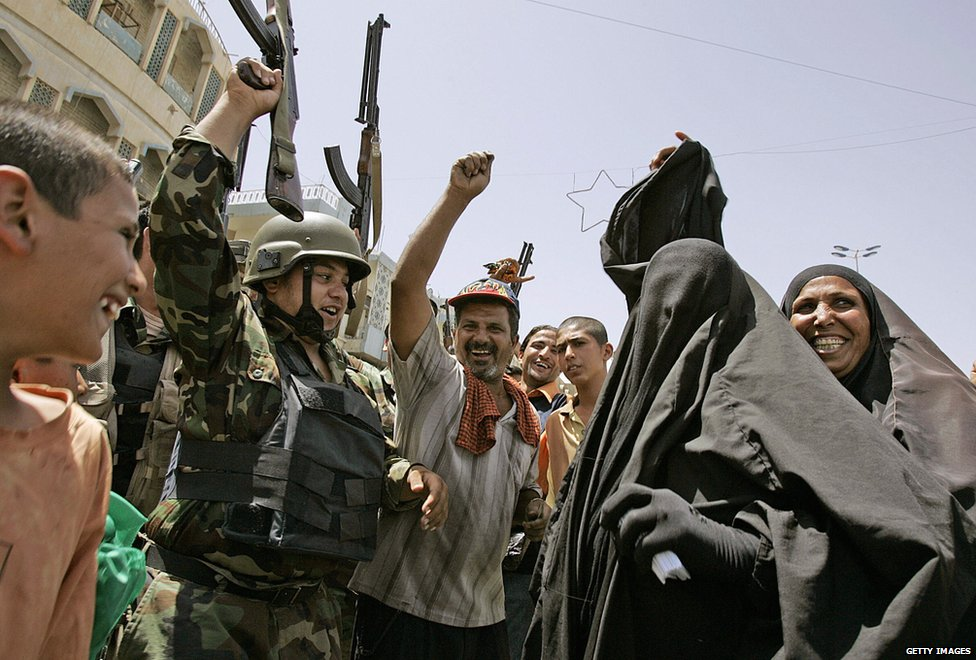Iraqis celebrate death of Zarqawi, 2006