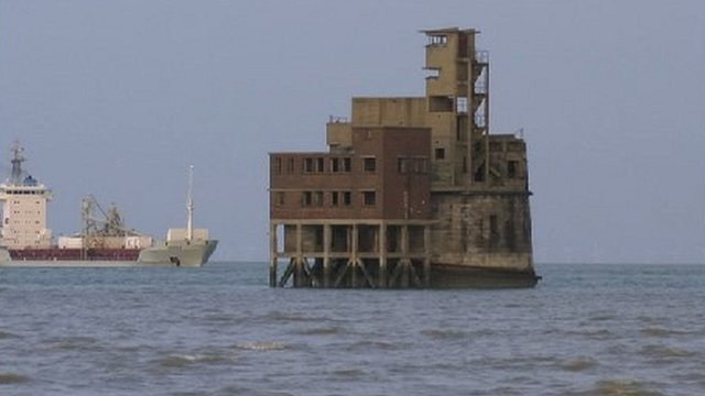 Disused Fort On River Thames Up For Sale Bbc News