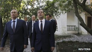 Russia's President Vladimir Putin (L) and Prime Minister Dmitry Medvedev visit the House-Museum of revered Russian writer Anton Chekhov in Yalta, Crimea