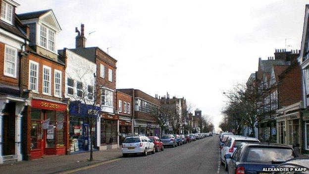 Connaught Avenue, Frinton
