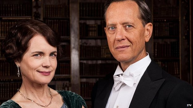 Elizabeth McGovern and Richard E Grant