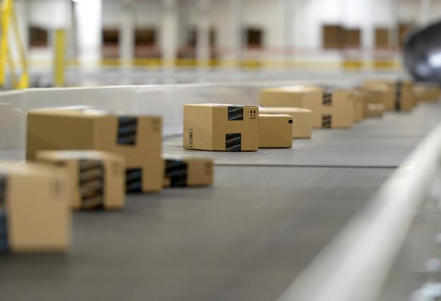 Conveyor belt at Amazon fulfilment center in California