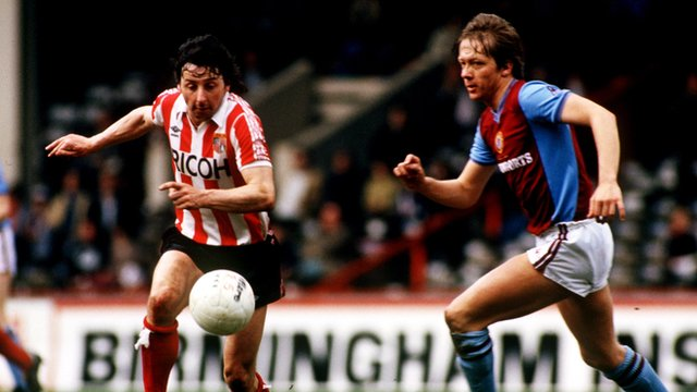 Mickey Thomas (left) had two spells with Stoke City