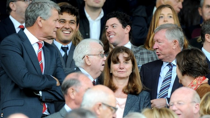 Manchester United directors David Gill and Sir Alex Ferguson in the stands