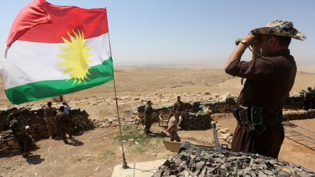 Kurdish fighters in Bashiqa, northeast of Mosul, on 16 April